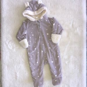 Old Navy fleece bunting suit 3-6 month